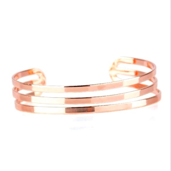 Paparazzi Street Sleek - Rose Gold Bracelet